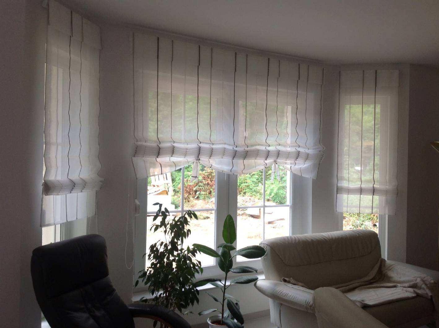 Gardinen design mitglied der berliner innung raumausstatter - Raumausstattung wohnzimmer ...