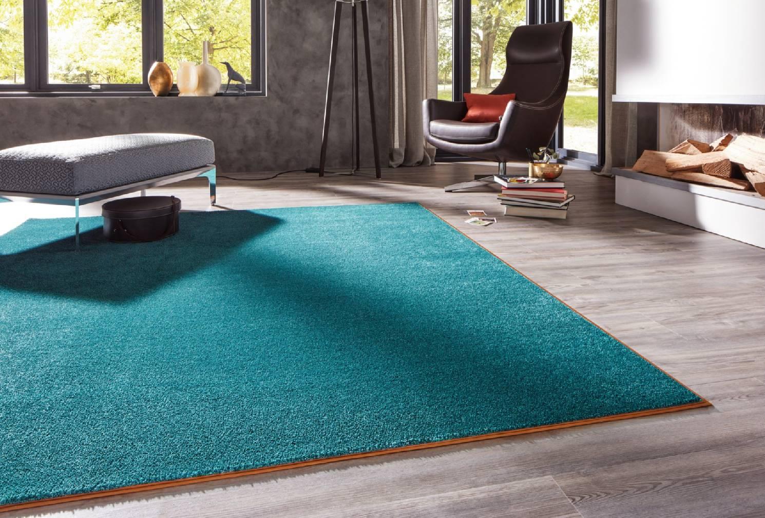 ihr raumausstatter in einbeck teppiche. Black Bedroom Furniture Sets. Home Design Ideas