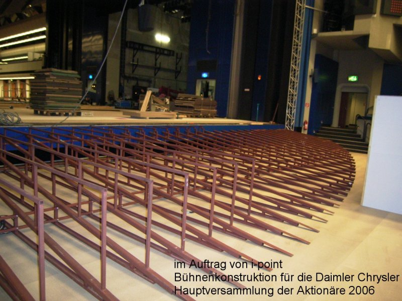 Photo: Metallbau Wittenberg, ordered on behalf of i-point, Podium cons