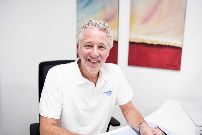 Praxis Dr. med. Matthias Krick - Ihr Frauenarzt in Moers - Ausbildung