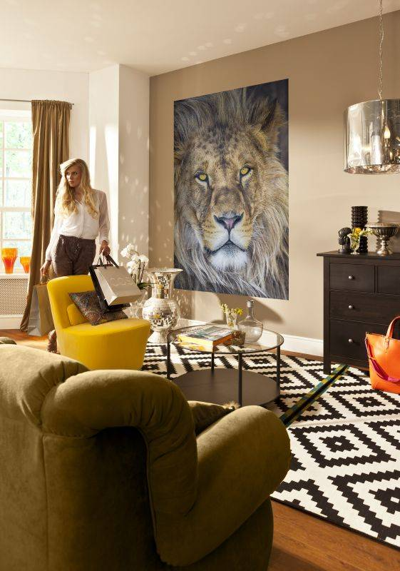 1-619_Lion_Interieur_i