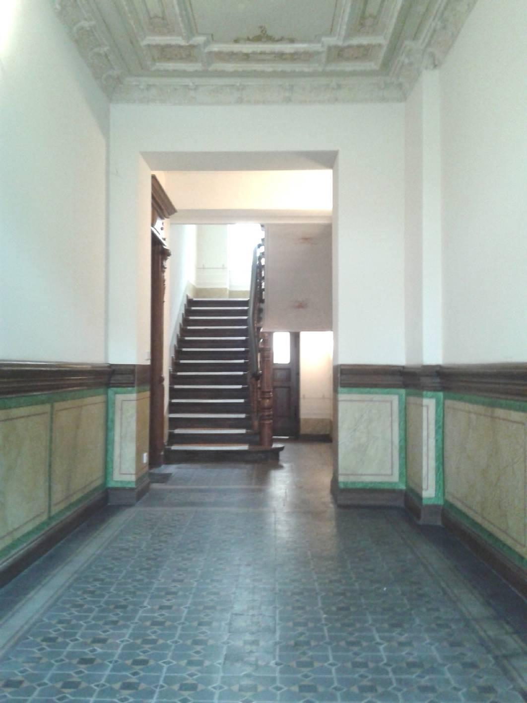 treppenhaus berlin kreuzberg deckenmalerei marmor, Wohnzimmer dekoo