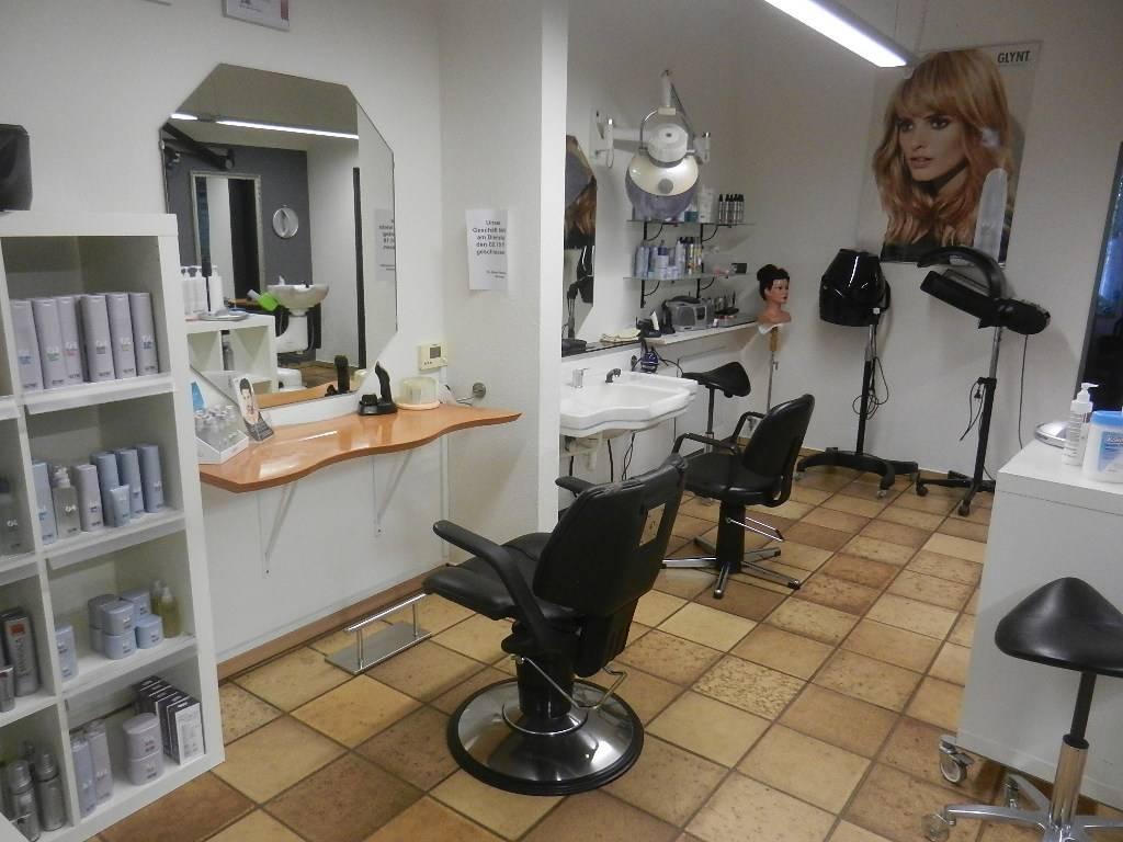 Putzbüdel Salon Strohmeyer - Trendfrisuren für Sie und Ihn - Salon ...
