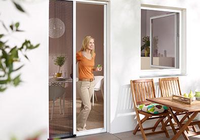 insektenschutz stuttgart pollenschutz lichtschachtabdeckung fliegengitter steimle rolladen. Black Bedroom Furniture Sets. Home Design Ideas