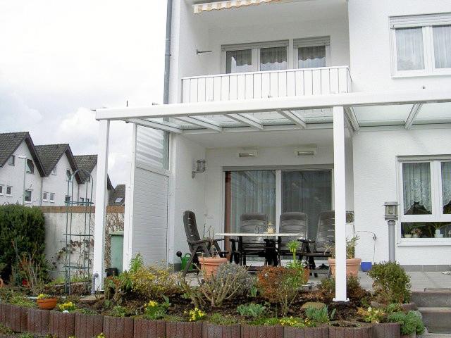 die experten f r rollladen und sonnenschutz in hattersheim terrassen berdachung. Black Bedroom Furniture Sets. Home Design Ideas