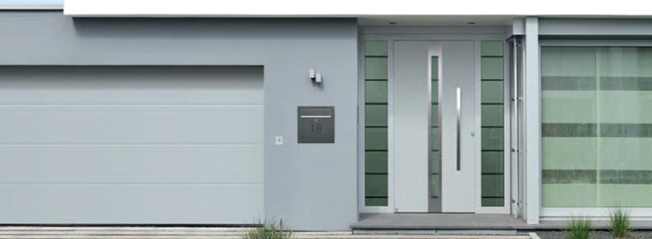 reindl bauelemente in velburg aluminium haust ren. Black Bedroom Furniture Sets. Home Design Ideas