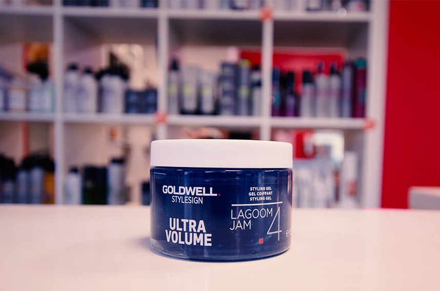 Goldwell Stylesign Ultra Volume - ein Favourite in unserem Familienfriseursalon in Berlin Lichtenrade