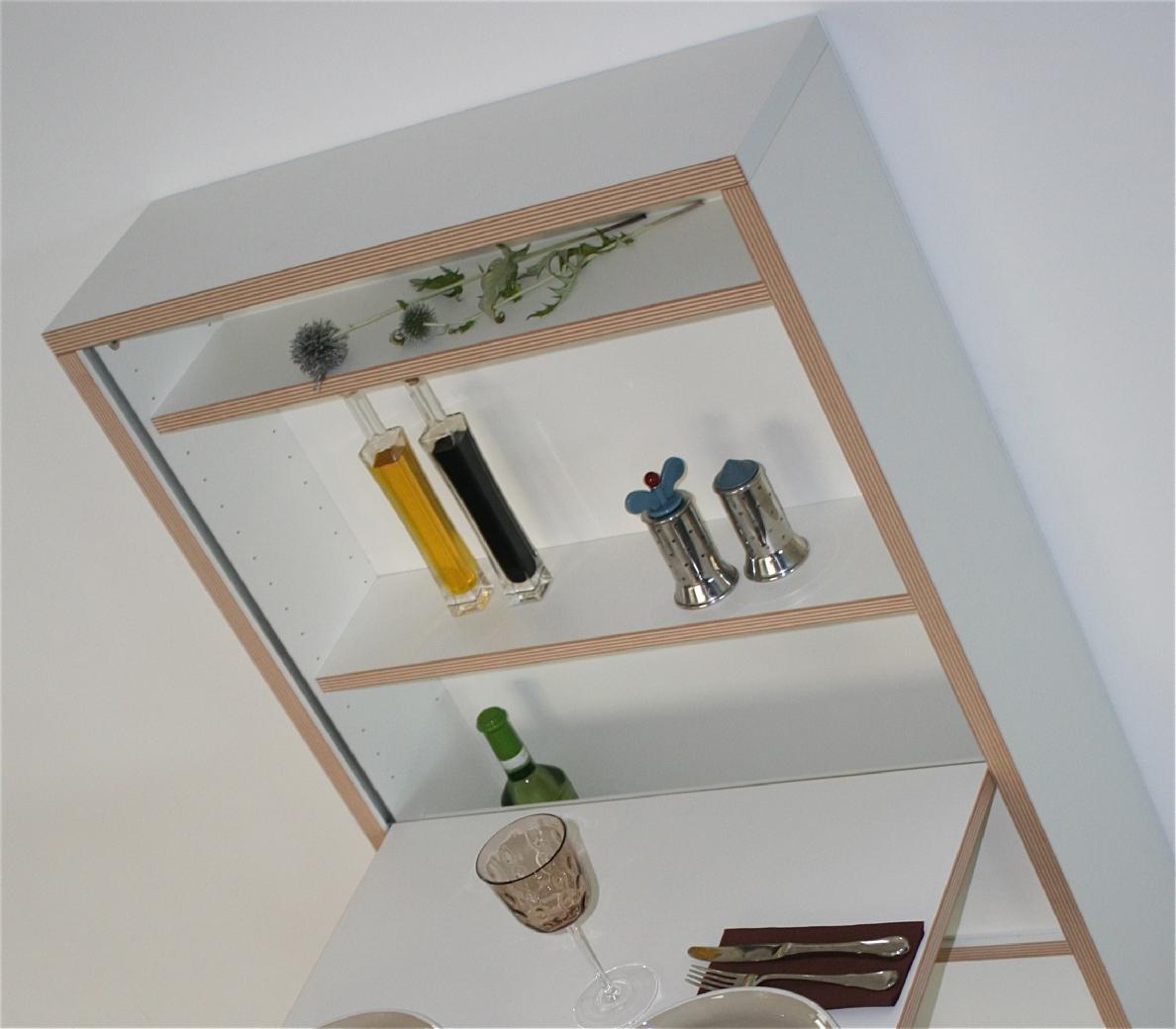 der versandkostenfreie design wandklapptisch movemaxx das unternehmen. Black Bedroom Furniture Sets. Home Design Ideas