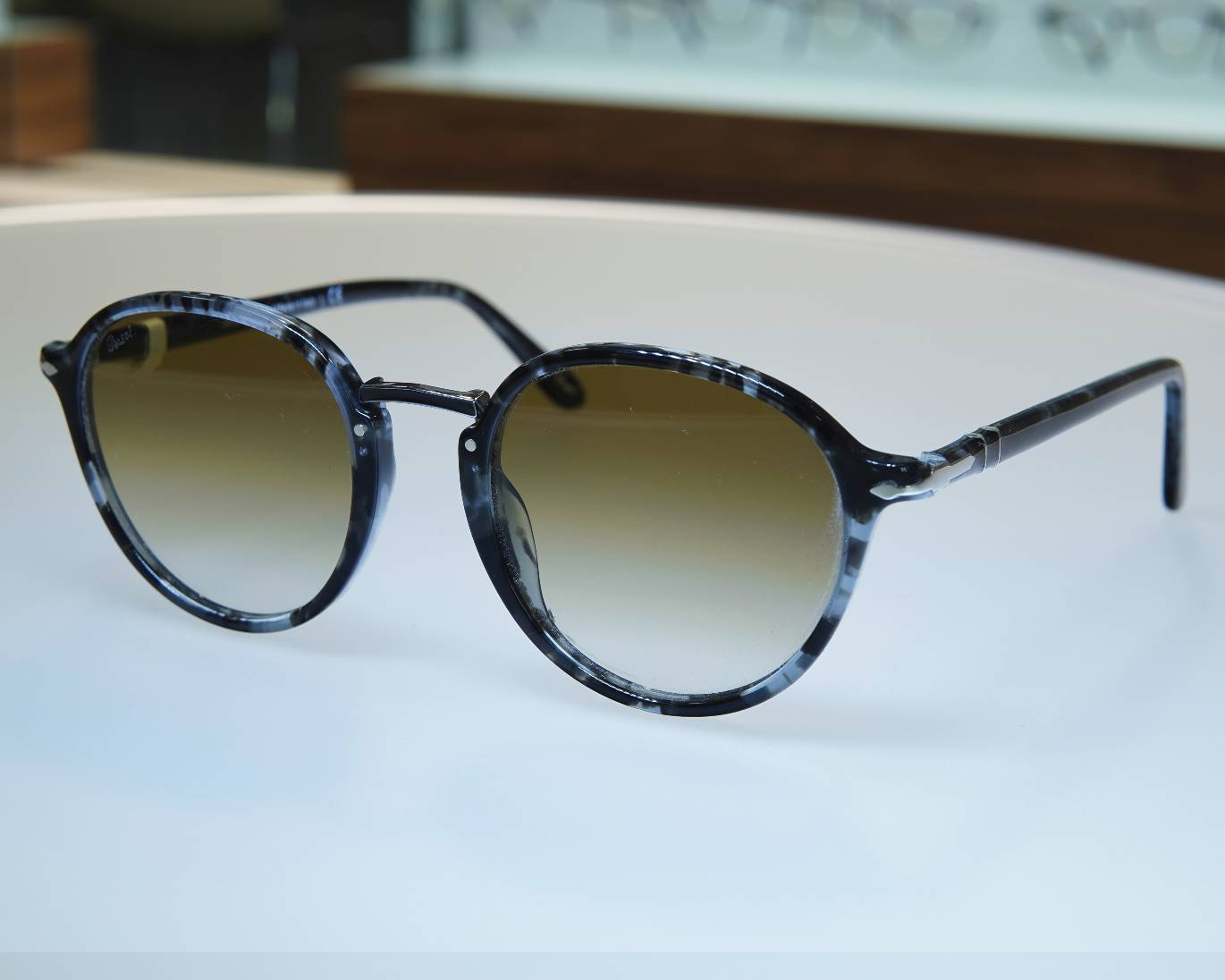 Persol_01