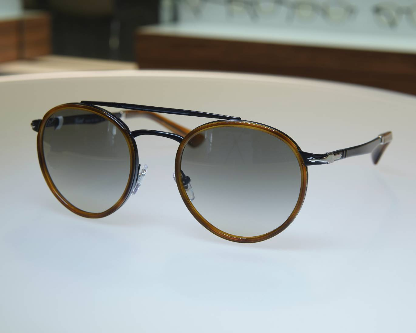 Persol_24