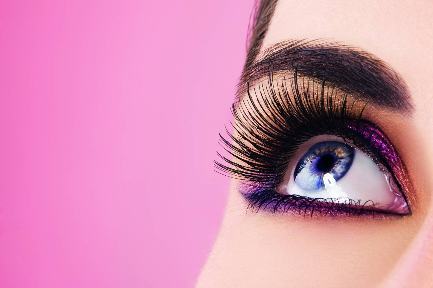 Wimpernextension und Wimpernlifting - Kosmetikbehandlung YLO 21 beautyhouse