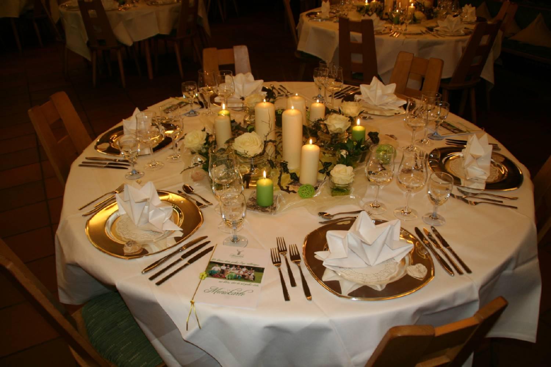 Restaurant Durchgehend Warme Kuche Hirschen Brandenberg Hochzeit
