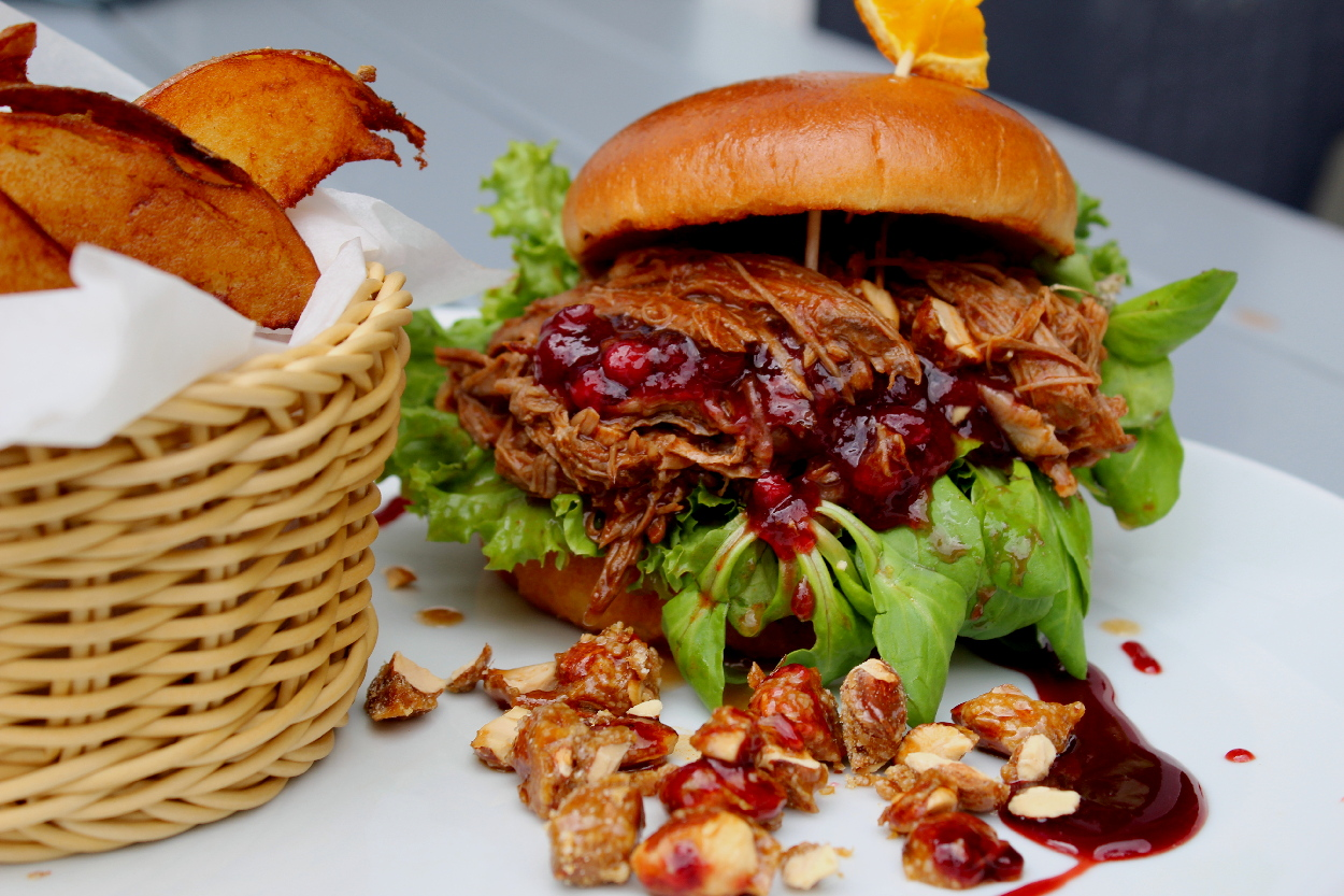 Pulled-Goose-Burger