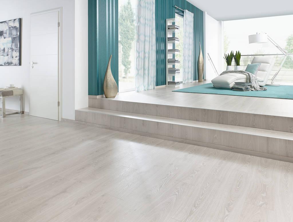 laminat auf laminat trendy laminat melango ld s pinie. Black Bedroom Furniture Sets. Home Design Ideas